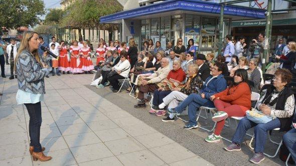 Con una jornada en Paran� se celebr� el D�a de los Derechos de la Ancianidad