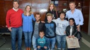 El gobierno acompaña a futbolistas entrerrianos en los seleccionados nacionales de baja talla